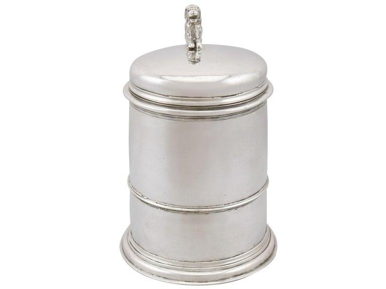 British Antique Queen Anne Britannia Standard Silver Quart Tankard For Sale