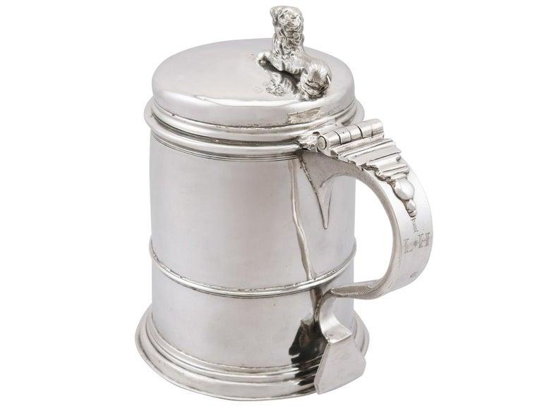 Antique Queen Anne Britannia Standard Silver Quart Tankard In Excellent Condition For Sale In Jesmond, Newcastle Upon Tyne