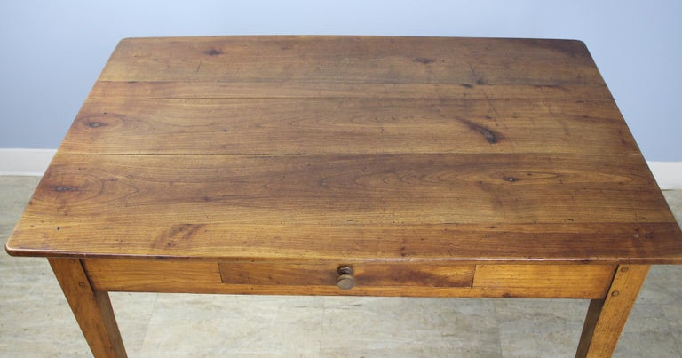 Antique Cherry Writing Table In Good Condition For Sale In Port Chester, NY