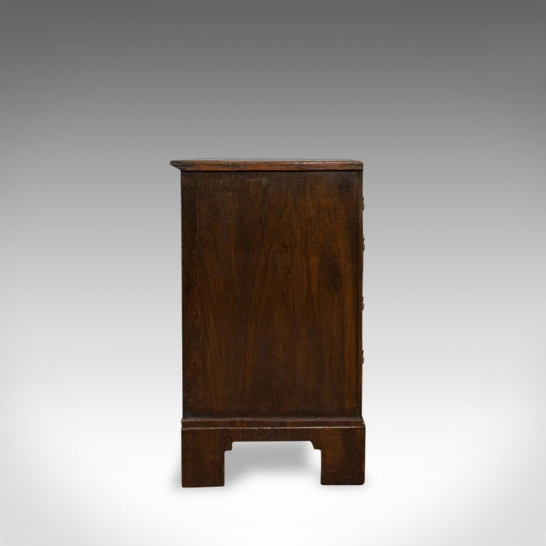 Antique Chest of Drawers, English, Regency, Mahogany, Chest, Early 19th Century In Good Condition For Sale In Hele, Devon, GB