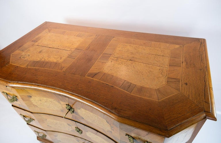 Antique Chest of Drawers in Walnut and Fruit Wood, 1780s In Good Condition For Sale In Lejre, DK