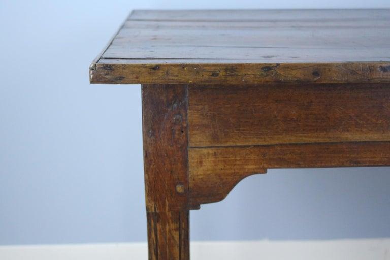 Antique Chestnut Farm Table with Decorative Edge For Sale 5