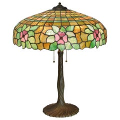 Antique Chicago Mosaic Co. Leaded Glass Table Lamp Floral Details Shade