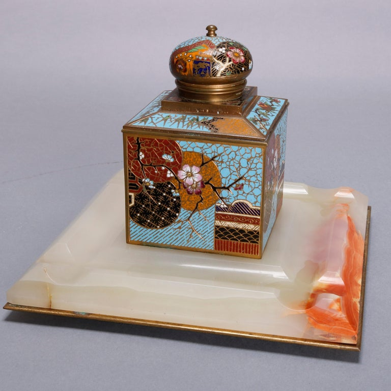 Antique Chinese Aesthetic Movement Cloisonne and Onyx Ink Well, circa 1870 For Sale 4