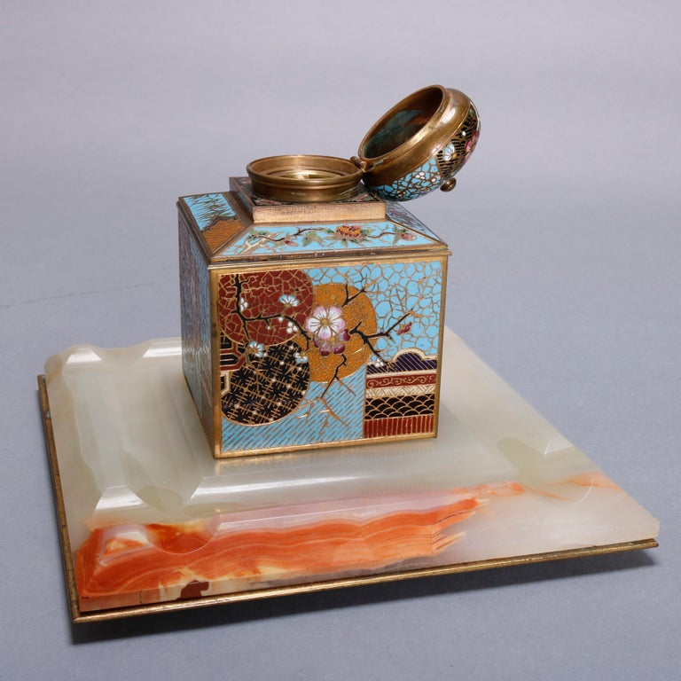 Antique Chinese Aesthetic Movement Cloisonne and Onyx Ink Well, circa 1870 In Good Condition For Sale In Big Flats, NY
