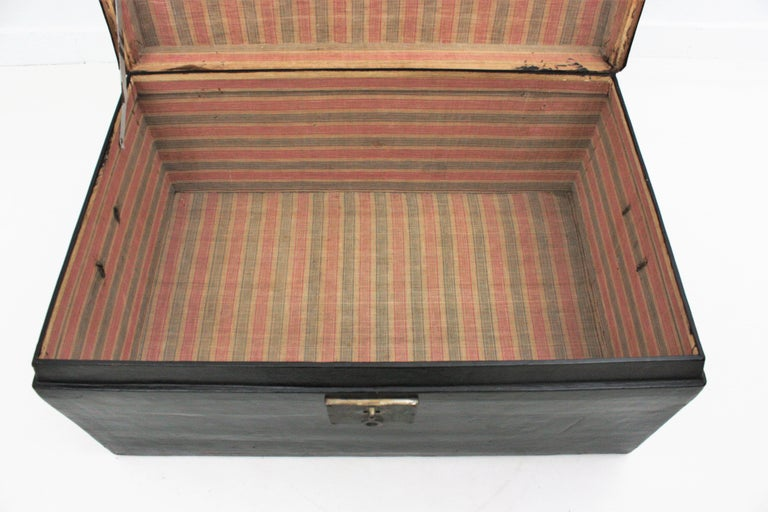 Antique Chinese Black Lacquered Trunk For Sale 4