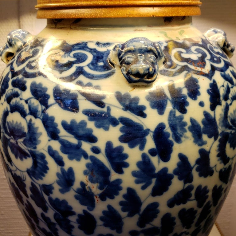 Qing Antique Chinese Blue and White Porcelain Lamp