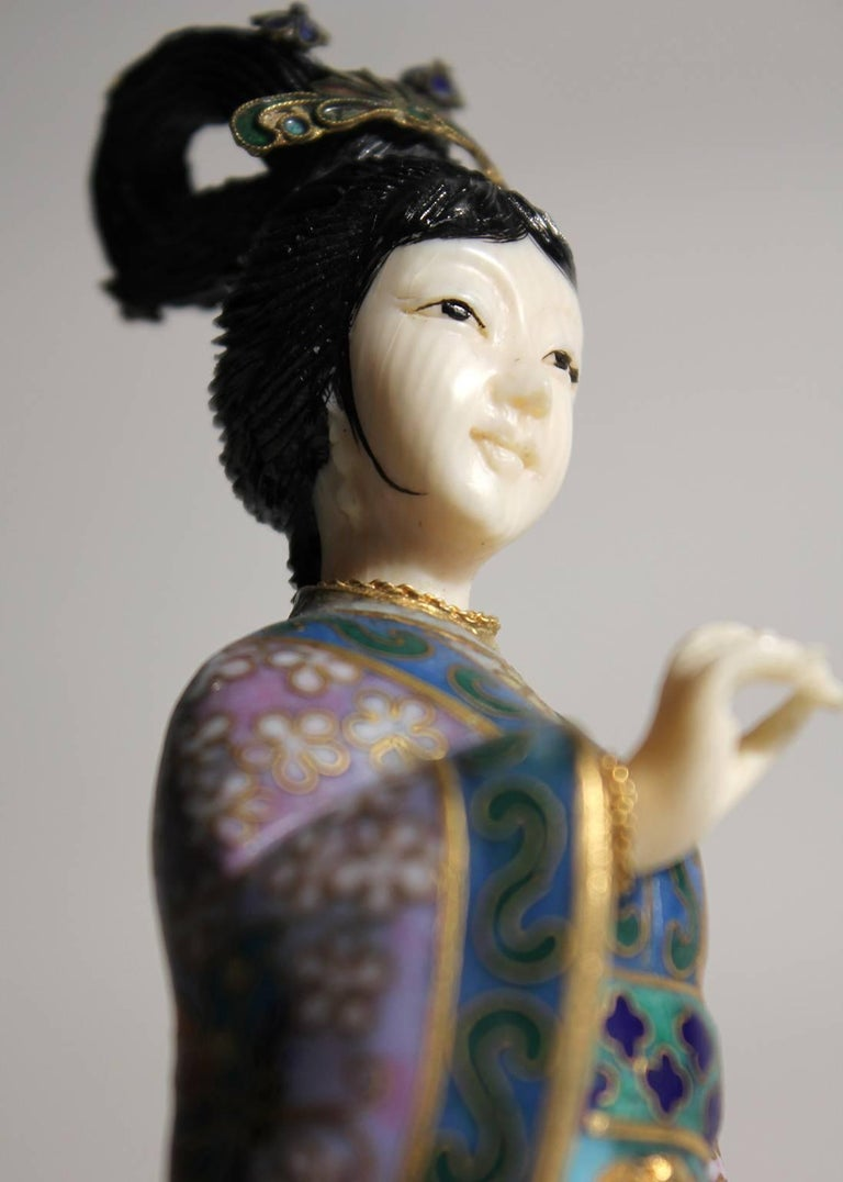 Antique Chinese Cloisonne Enameled Carved Guanyin Quan Yin Sculpture Figurine For Sale 5