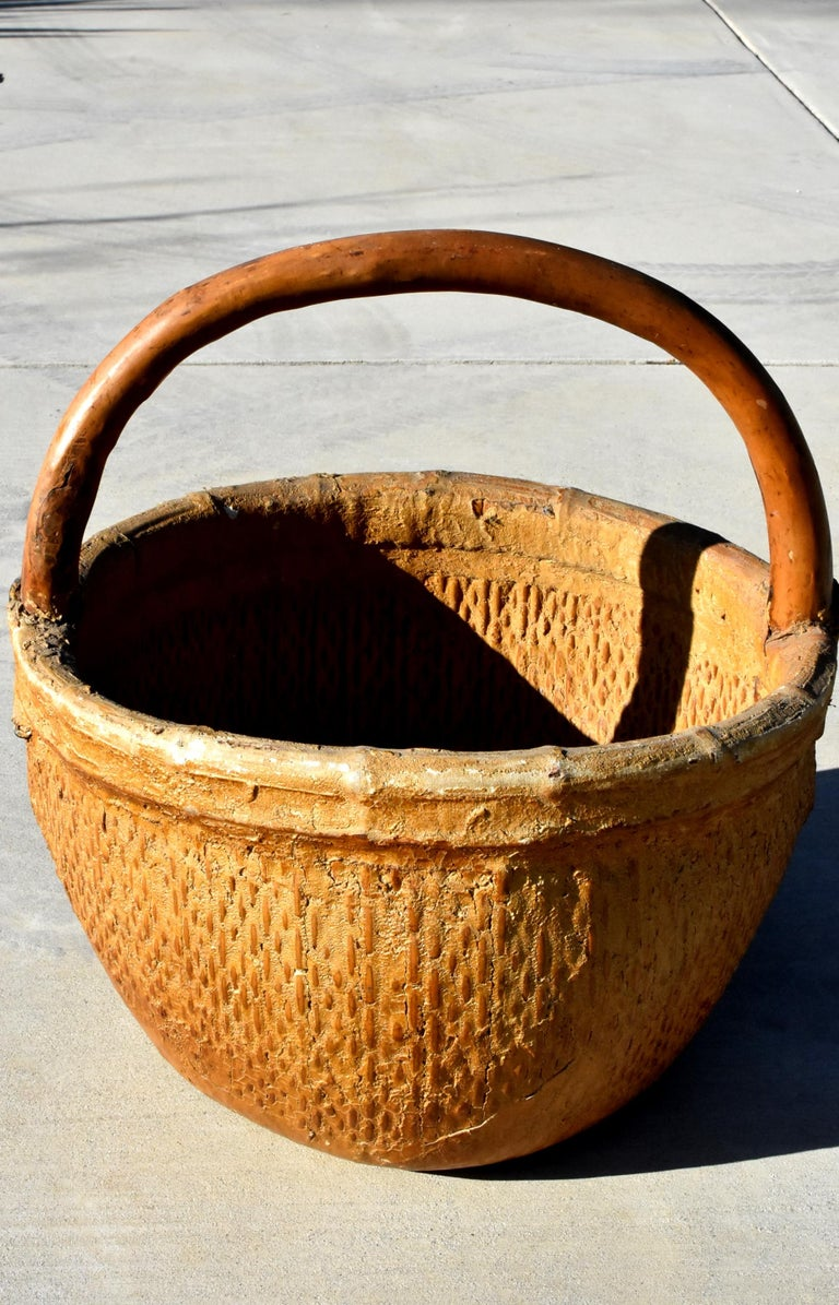 Hand-Woven Antique Chinese Country Willow Basket, with Tree Branch Handle and Iron Brackets For Sale