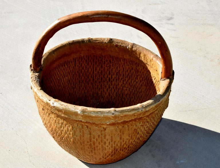 Antique Chinese Country Willow Basket, with Tree Branch Handle and Iron Brackets In Good Condition For Sale In Somis, CA