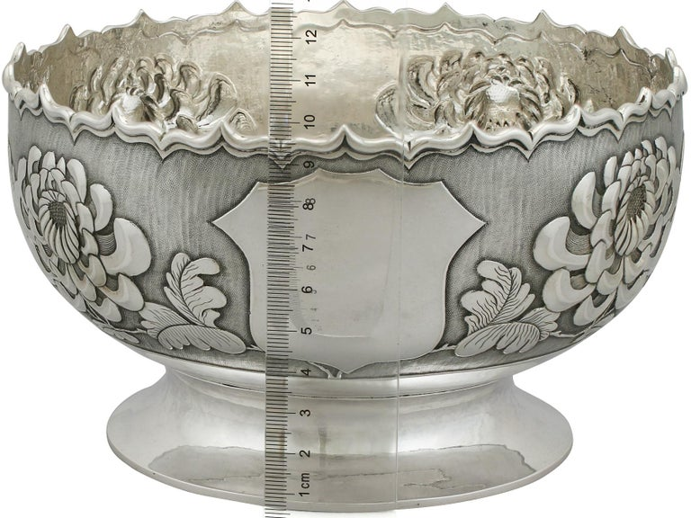 Antique Chinese Export Silver Bowl, circa 1900 For Sale 5
