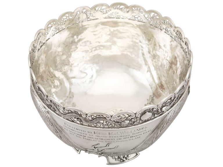 Antique Chinese Export Silver Dragon Bowl Circa 1900 In Excellent Condition In Jesmond, Newcastle Upon Tyne