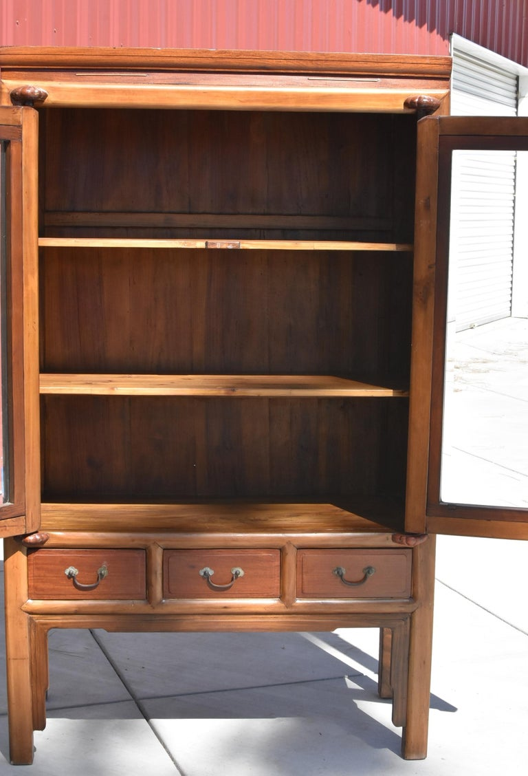Antique Chinese Glass Curio Cabinet, Ming Style In Good Condition For Sale In Somis, CA