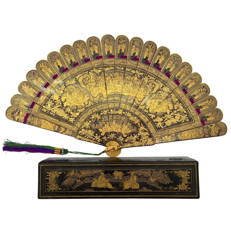 Antique Chinese Hand Paint Gold Lacquer Scene Gilt Fan with Lacquer Box For Sale