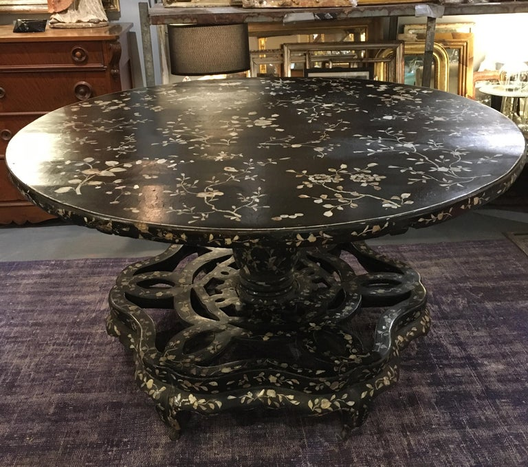 Antique Chinese Laquer and Mother of Pearl Grand Center Table For Sale 9