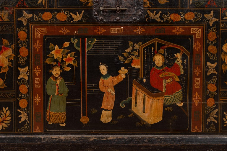 20th Century Antique Chinese Large Black Lacquered Trunk with Court Scenes Chinoiserie Decor For Sale