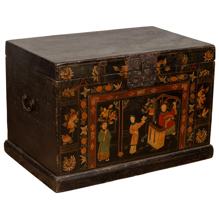 Antique Chinese Large Black Lacquered Trunk with Court Scenes Chinoiserie Decor For Sale