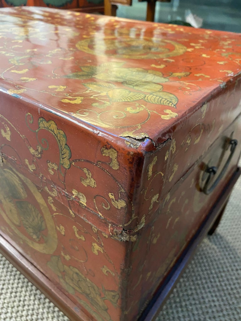 Antique Chinese Leather Trunk with Gold Crests For Sale 6