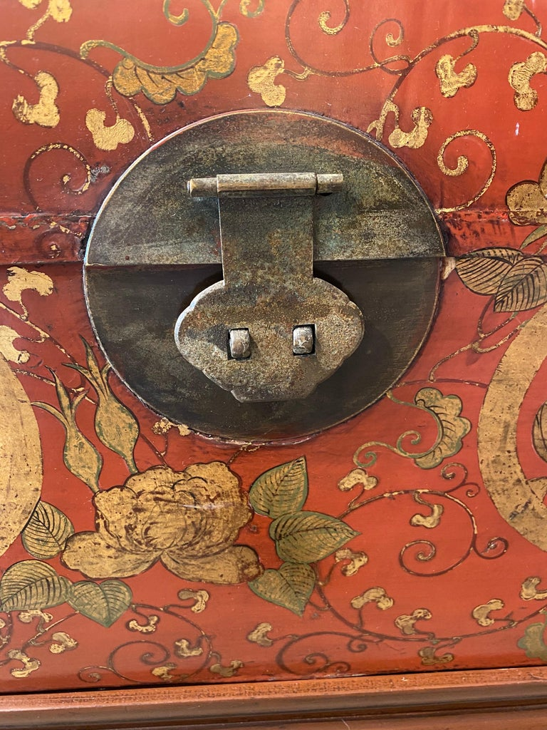 Mid-20th Century Antique Chinese Leather Trunk with Gold Crests For Sale