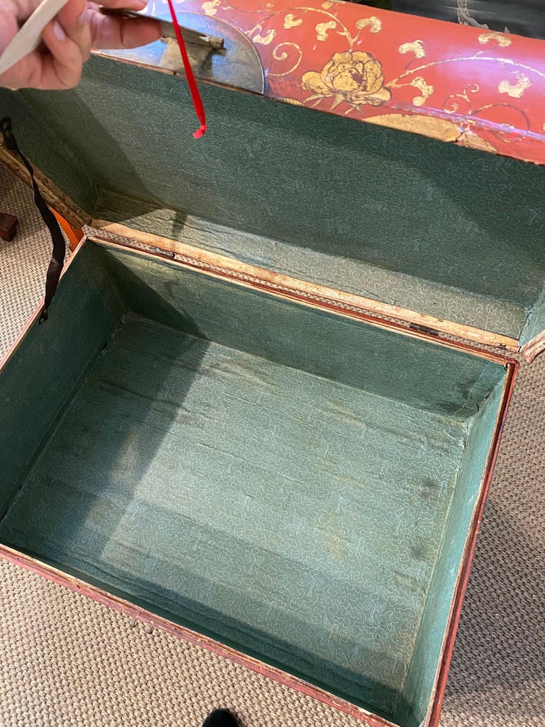 Antique Chinese Leather Trunk with Gold Crests For Sale 4