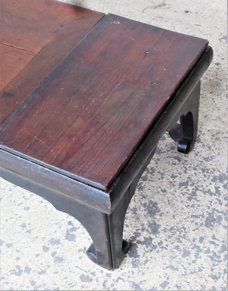 Antique Chinese Low Table In Good Condition For Sale In Rochester, NY