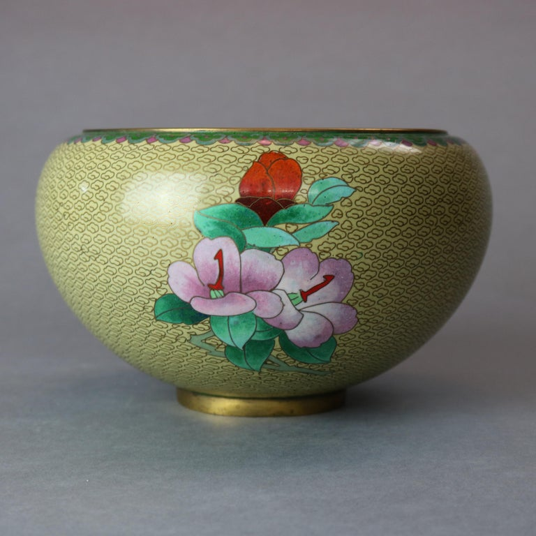 Antique Chinese Polychrome Floral Cloisonné Enameled Bowl, circa 1900 In Good Condition For Sale In Big Flats, NY