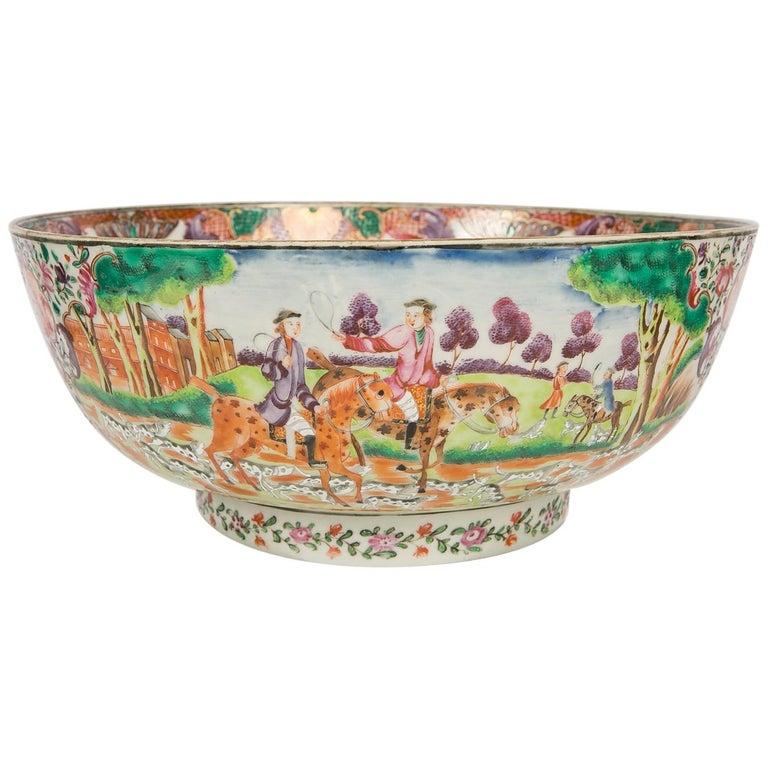 Antique Chinese Porcelain Hunt Bowl circa 1770 For Sale