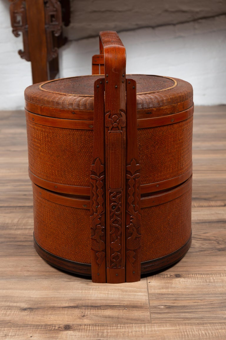 Antique Chinese Rattan Nested Lunch Basket with Carved Handle and Calligraphy For Sale 2