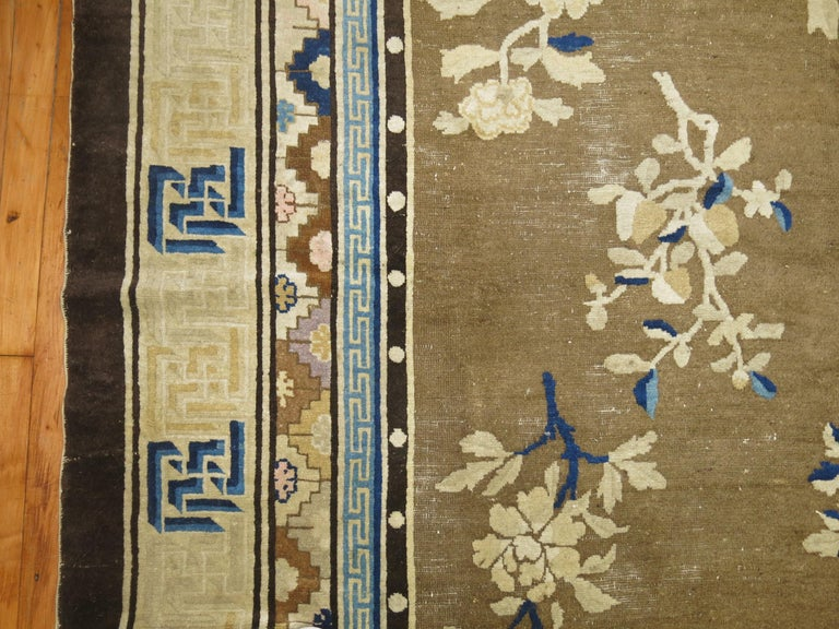 Antique Chinese Square Peking Rug In Good Condition For Sale In New York, NY