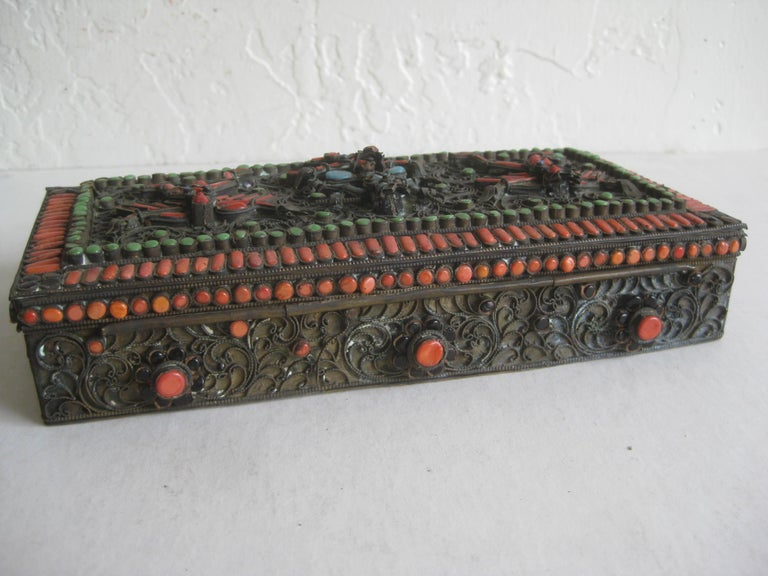 Antique Chinese Tibetan Filigree Brass Trinket Box with Turquoise and Coral For Sale 6