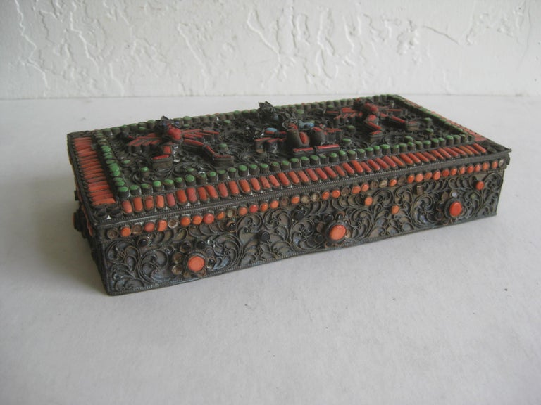 Antique Chinese Tibetan Filigree Brass Trinket Box with Turquoise and Coral For Sale 3