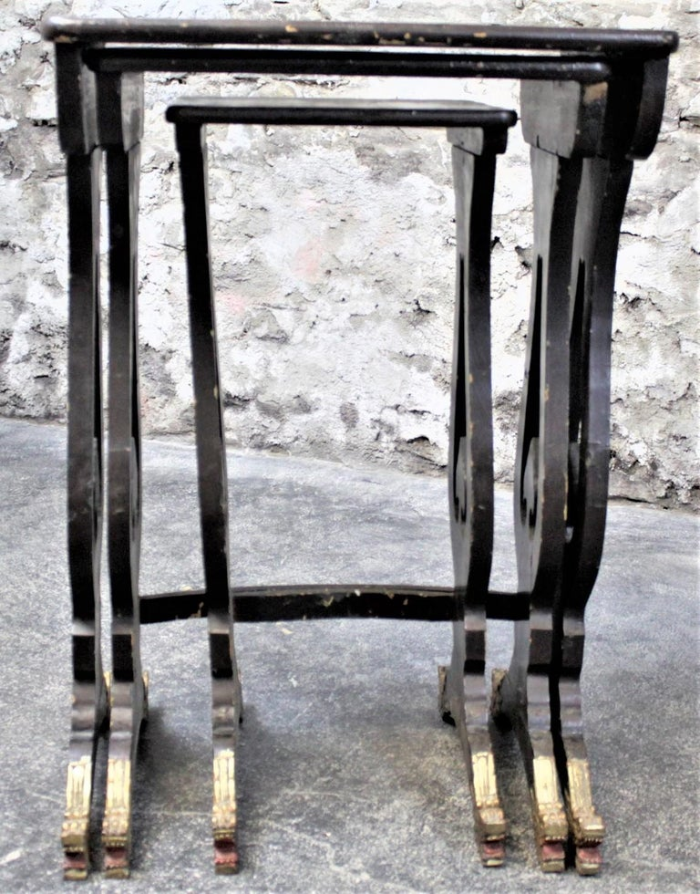 Antique Chinoiserie Black Lacquered Nesting Table Set with Carved Dragon Feet For Sale 5