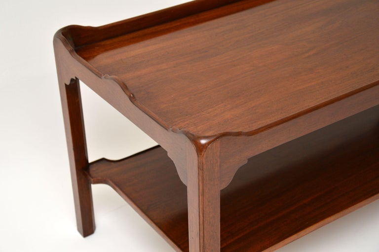 Antique Chippendale Style Mahogany Coffee Table In Good Condition In London, GB