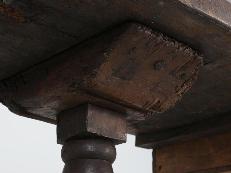 Antique circa 1690-1730 Desk, Kitchen Table or Sofa Table For Sale 9