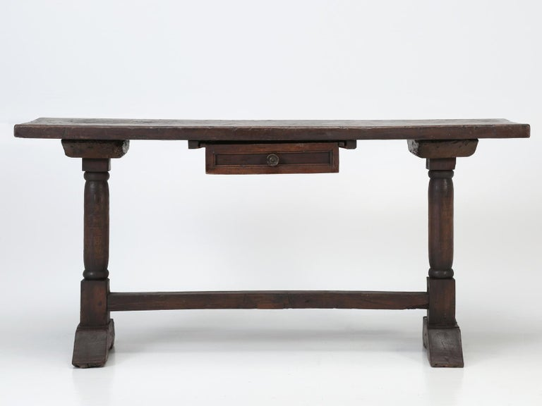 Early 18th Century Antique circa 1690-1730 Desk, Kitchen Table or Sofa Table For Sale