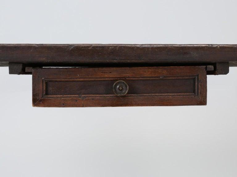 Oak Antique circa 1690-1730 Desk, Kitchen Table or Sofa Table For Sale
