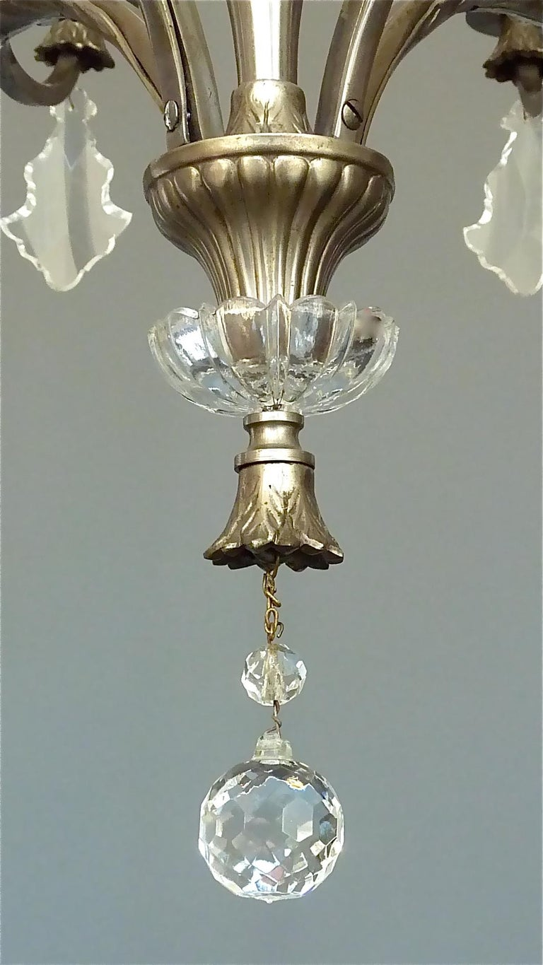 Antique Classical Eight-Light Crystal Glass Chandelier Vienna, circa 1910-1920 For Sale 3