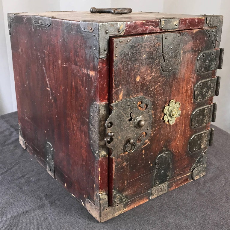 Antique Compact Chinese Seaman's Chest With Locks And Key