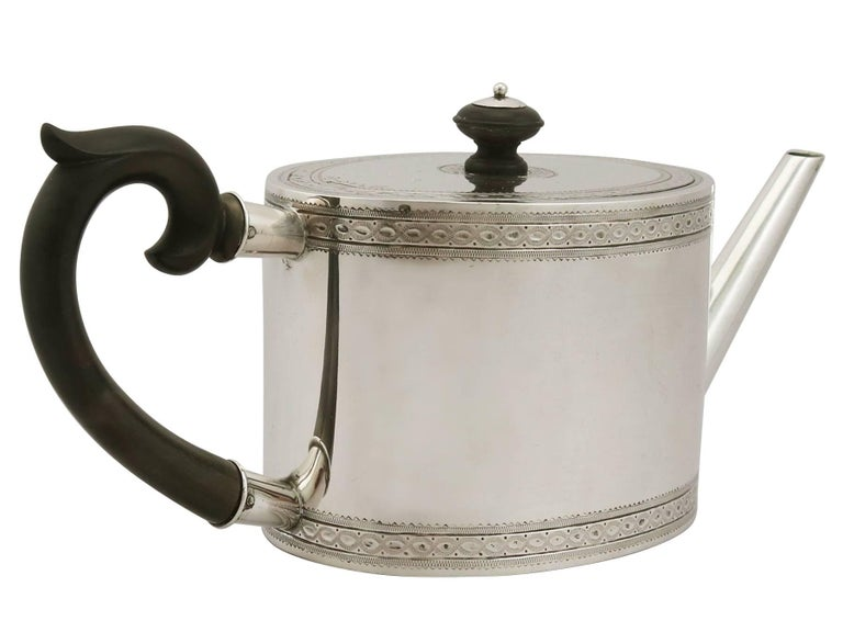Antique Continental Silver Five-Piece Tea and Coffee Service In Excellent Condition For Sale In Jesmond, Newcastle Upon Tyne