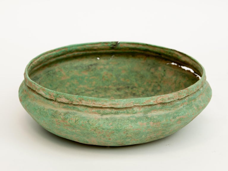 Antique Copper or Bronze Offering Bowl Eastern Thailand, 19th Century or Earlier For Sale 4