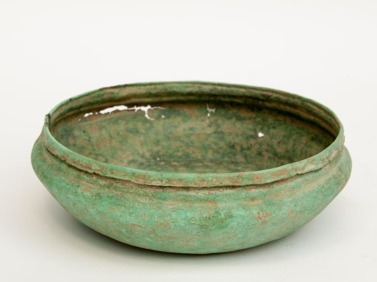 Antique Copper or Bronze Offering Bowl Eastern Thailand, 19th Century or Earlier For Sale 5