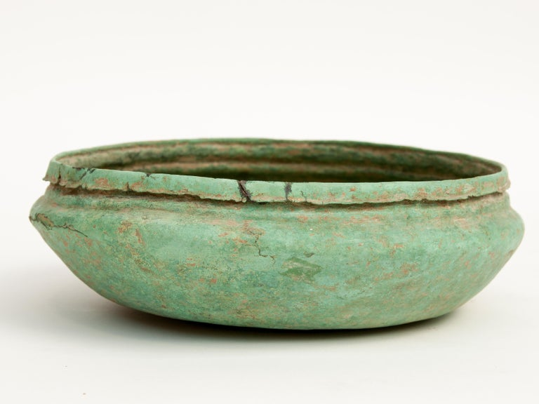 Hand-Crafted Antique Copper or Bronze Offering Bowl Eastern Thailand, 19th Century or Earlier For Sale