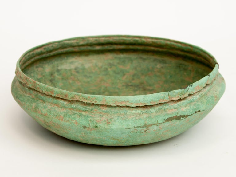 Antique Copper or Bronze Offering Bowl Eastern Thailand, 19th Century or Earlier For Sale 2