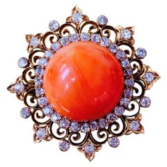 Antique Coral and Diamond Broach in Yellow Gold.