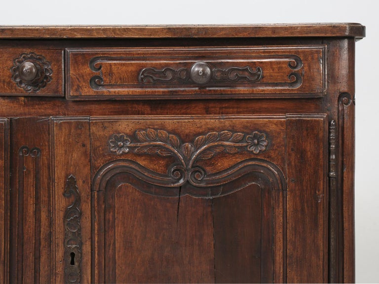Antique Country French Louis XV Fruit Wood Two-Door Buffet, circa 1700s For Sale 8