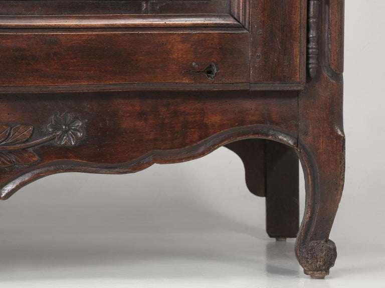 Antique Country French Louis XV Fruit Wood Two-Door Buffet, circa 1700s For Sale 12