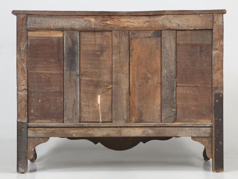 Antique Country French Louis XV Fruit Wood Two-Door Buffet, circa 1700s For Sale 14