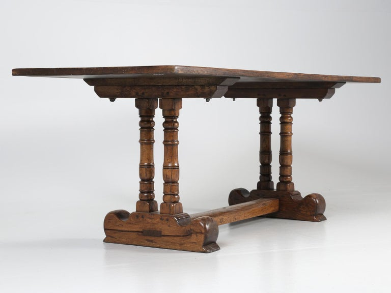 Antique Country French Trestle Dining Table in Solid Oak, circa 1700s For Sale 5