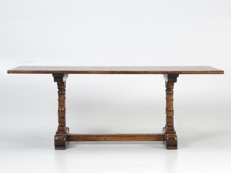 Antique Country French Trestle Dining Table in Solid Oak, circa 1700s For Sale 1