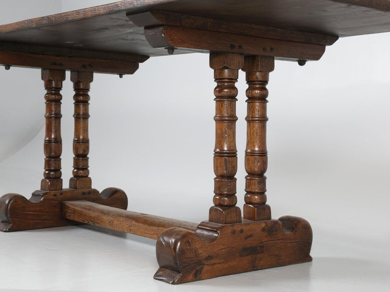 Antique Country French Trestle Dining Table in Solid Oak, circa 1700s For Sale 2